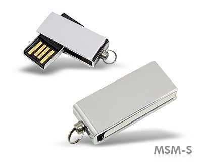 memory stick din metal si capac rotitor